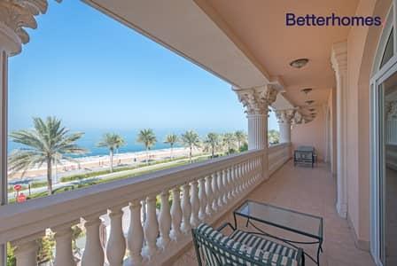 تاون هاوس 4 غرف نوم للبيع في نخلة جميرا، دبي - Sea View I Private beach access I Garden