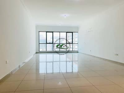 فلیٹ 3 غرف نوم للايجار في الخالدية، أبوظبي - Limited Time Offer! Amazingly Spacious Apartment for with a Reduced Price!
