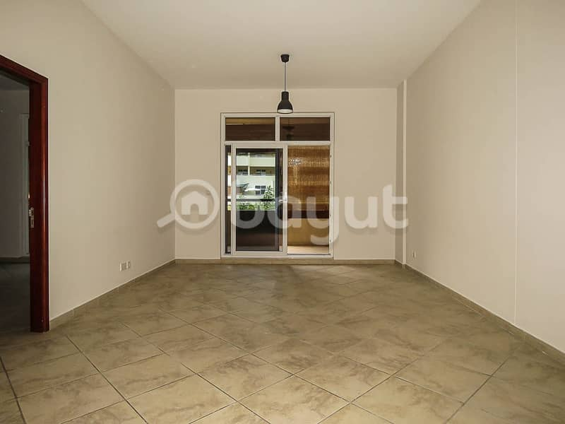 1 White Goods | Pet Friendly | Spacious & Open