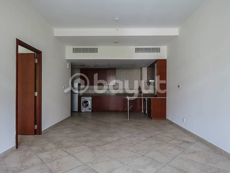 2 One Bed | Spacious | White Good | Community View