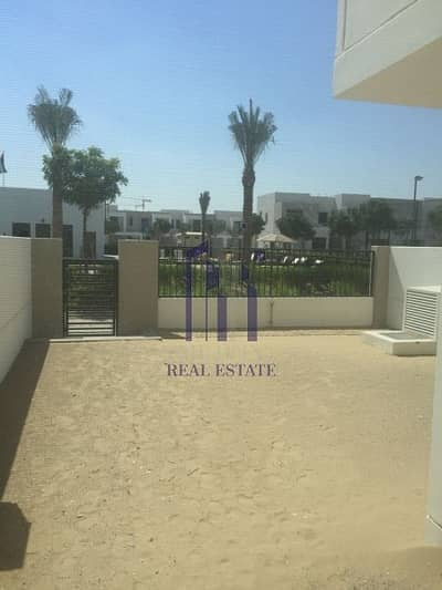Great Location 3BR Right at Pool & Park