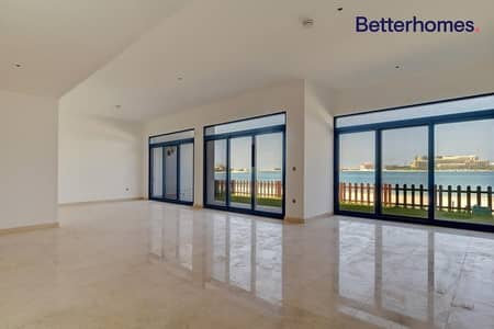 5 Bedroom Villa for Rent in Palm Jumeirah, Dubai - Sea View | Chiller Free | 5 BR+ Maids | Vacant