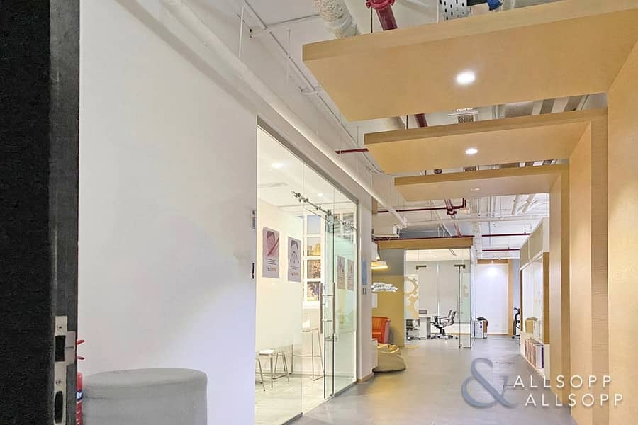 2 Fitted Office | Amazing Views | Near Metro