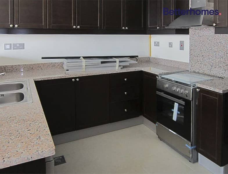 2 Corner Unit | Vacant and Ready | Flexible Cheques