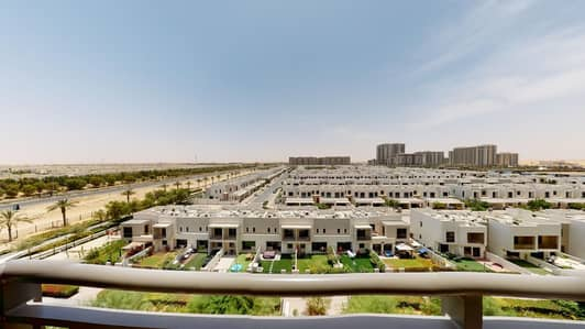 2 Bedroom Flat for Rent in Town Square, Dubai - Bright Apartment | Pool Access | Rent Online