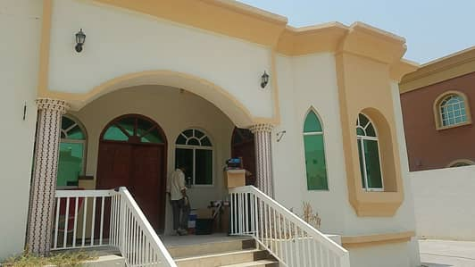 VILLA AVAILABLE FOR RENT IN RAWDA 3