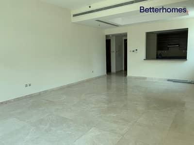 فلیٹ 1 غرفة نوم للايجار في الخليج التجاري، دبي - Walk In Wardrobe | Largest Floor Plan | Vacant