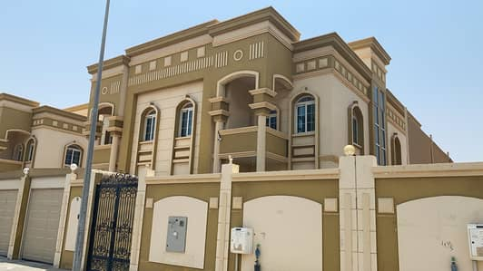 Two-storey villa in Aljzat