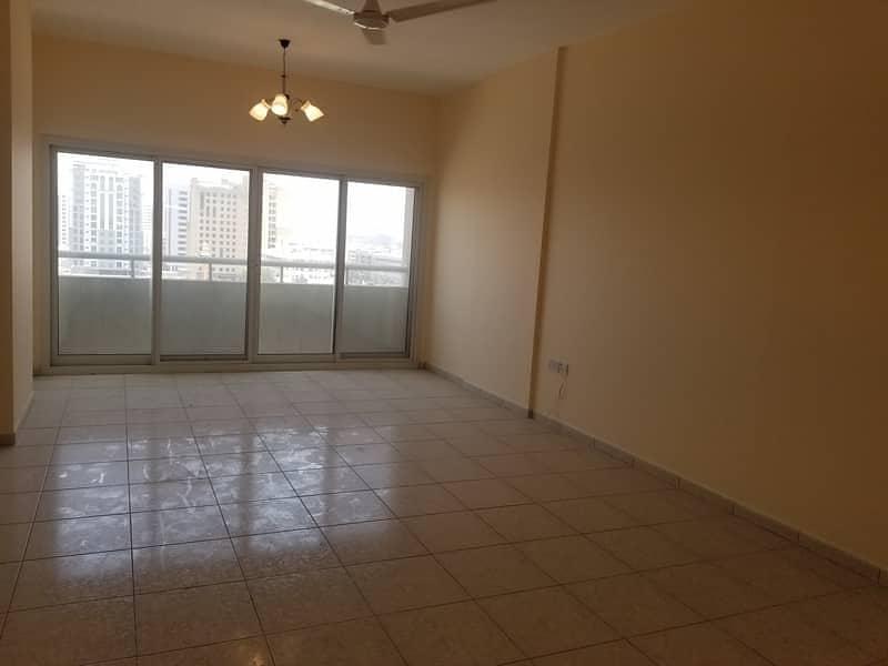 شقة في القصيص 2 غرف 58003 درهم - 4638375