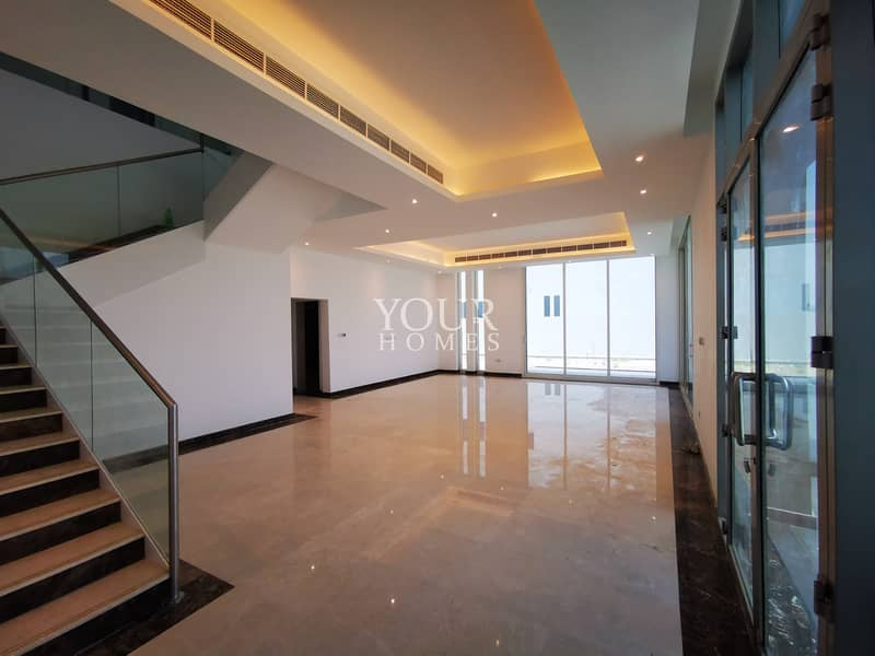 2 EM | CORNER !! MODERN FINISHING 6BHK 300K