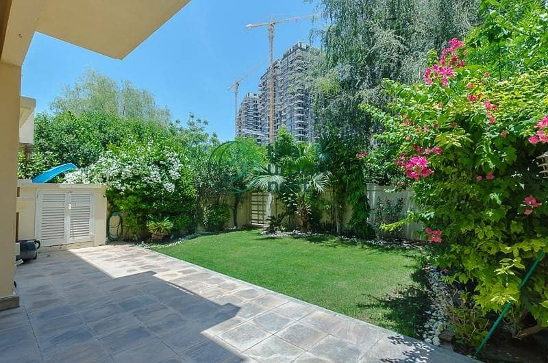 2 Well Maintained | Closed Kitchen | Mature Garden