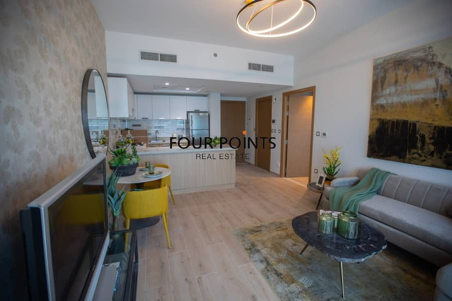 2 Bed room Apartment facing Sheikh Zayed Road