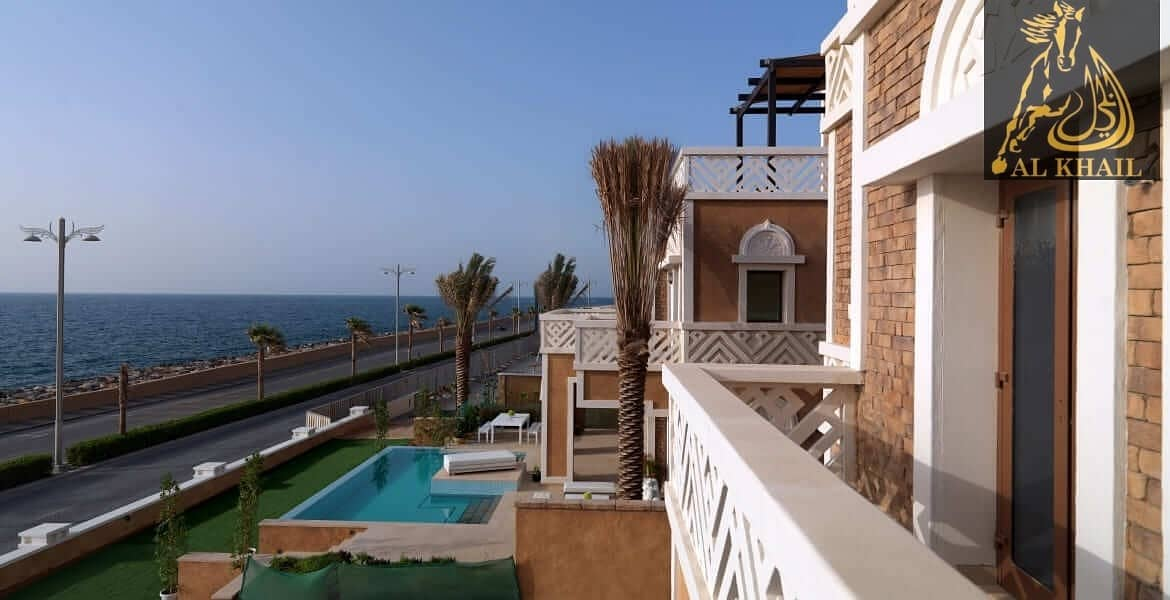 Classy 4BR Penthouse for sale in Palm Jumeirah  Stunning Views of the Sea and Marina