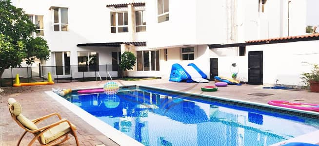 3 Bedroom Villa for Rent in Umm Suqeim, Dubai - BEAUTIFUL 3BR COMPOUND WITH POOL & PRIVATE GARDEN