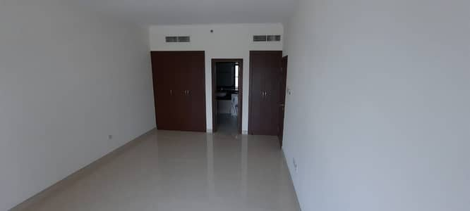1 Bedroom Apartment for Rent in Business Bay, Dubai - Lowest Price l Open View l Equipped Kitchen