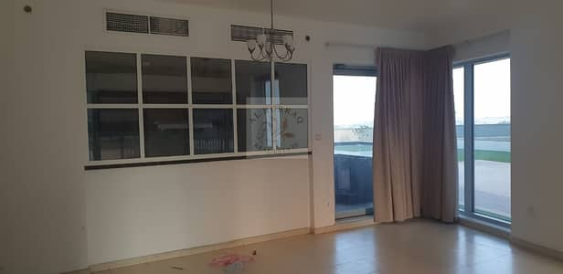 2 Bedroom Vacant for sale in Skycourts