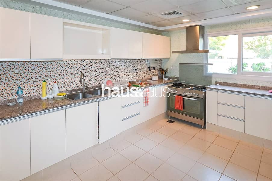 2 Meadows 8 | 3 bed + maid | Call Isabella now