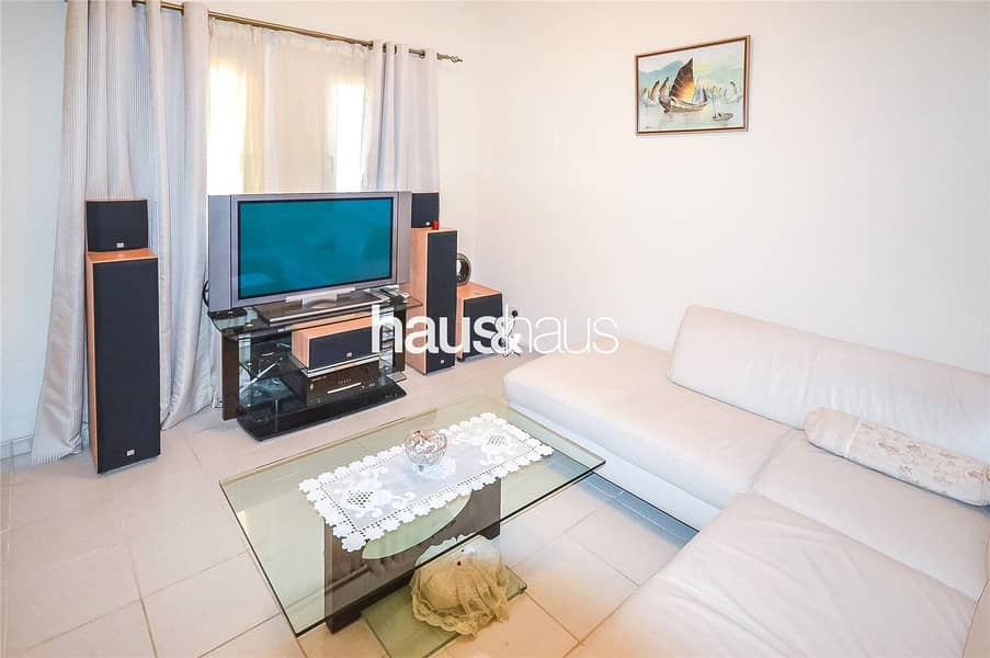 10 Meadows 8 | 3 bed + maid | Call Isabella now