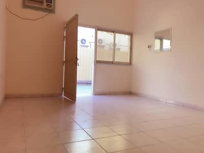 28 labour Room camp 8-10 Persons Capacity only 800 AED