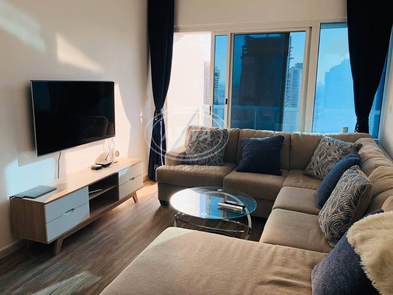 13 Hot deal 1 bed in lake terrace opposite metro