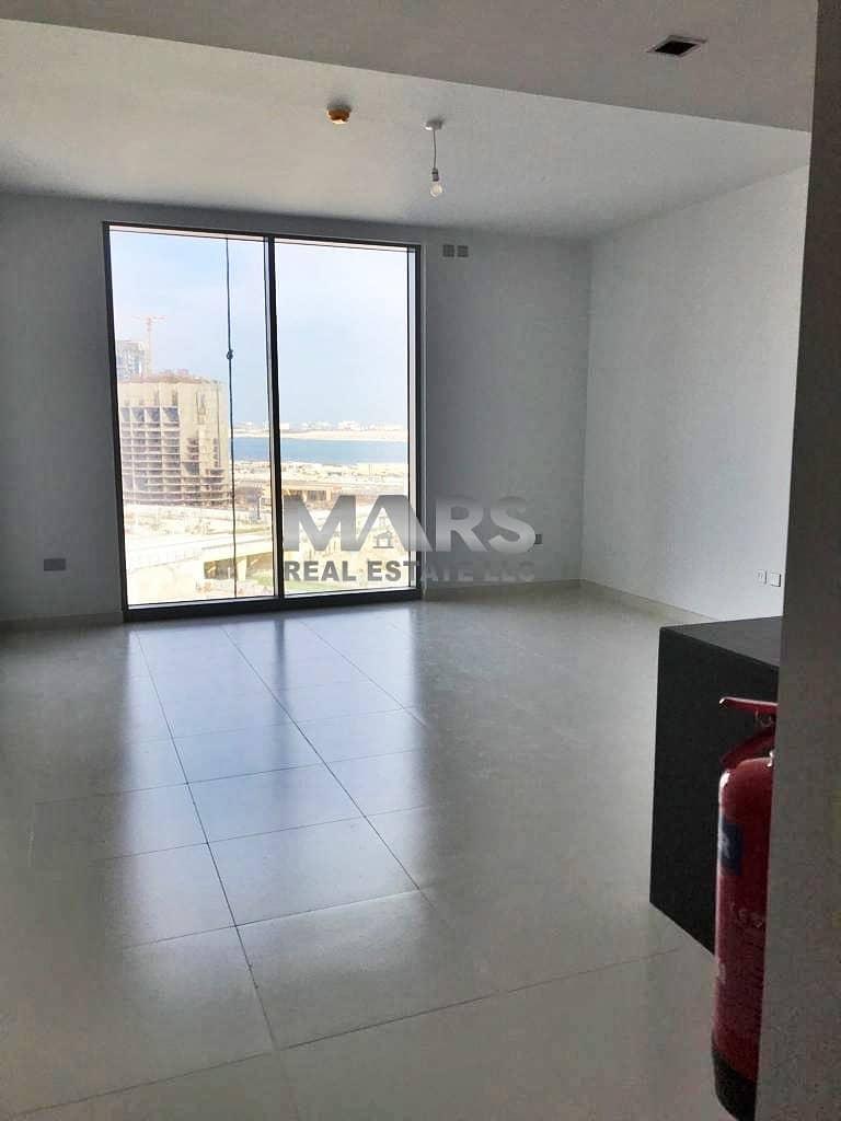 2 Unique And Luxurious Apartment