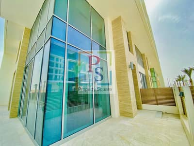 2 Bedroom Townhouse for Rent in Saadiyat Island, Abu Dhabi - SEA FACING 2 BR TOWNHOUSE WITH YARD.