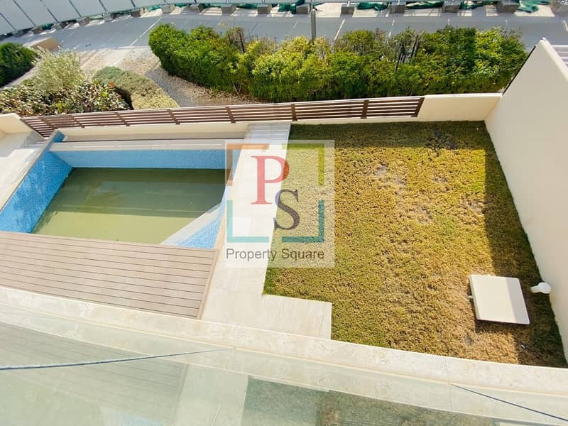 16 Exceptionally Beautiful 5BR Villa+Private Garden+Pool.