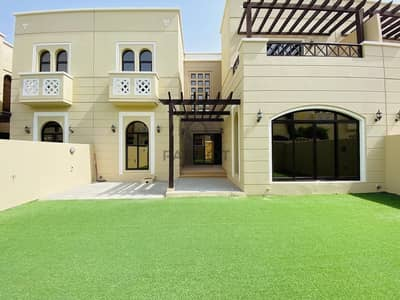 4 Bedroom Villa for Rent in DAMAC Hills (Akoya by DAMAC), Dubai - Park Facing_4BR Landscaped Villa_Naseem in Mudon
