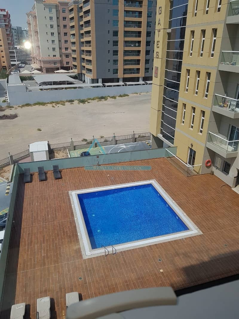 10 BEST DEAL STUDIO+POOL+GYM+PARKING FAMILY BUILDING