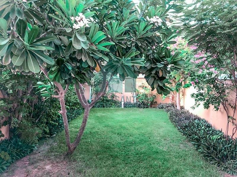 OPEN HOUSE|Quite Location|Beautifu Garden|Vacant!