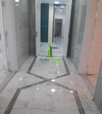 فیلا 6 غرف نوم للايجار في البطين، أبوظبي - Spacious and Clean 6 Master Bedrooms Villa Ready to Move in