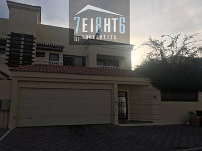 فیلا 5 غرف نوم للايجار في جميرا، دبي - Amazing value: 5 br villa semi-independnt villa  + maids room + drivers room  + large garden