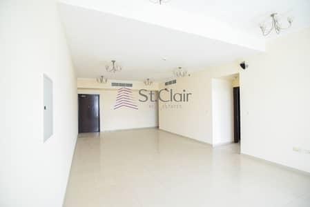 2 Bedroom Flat for Sale in Dubai Marina, Dubai - Affordable 2 bedroom Apartment at DEC Tower 1