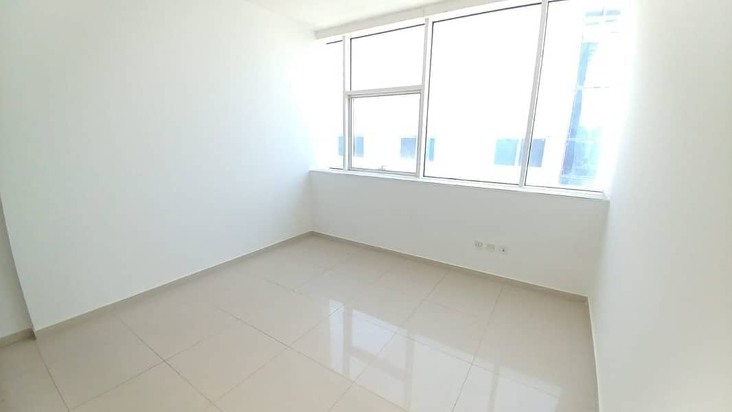 LIMITED TIME OFFER 1BHK 6 CHEQ ONLY 21K FRONT OF RTA STOP DUBAI AND METRO
