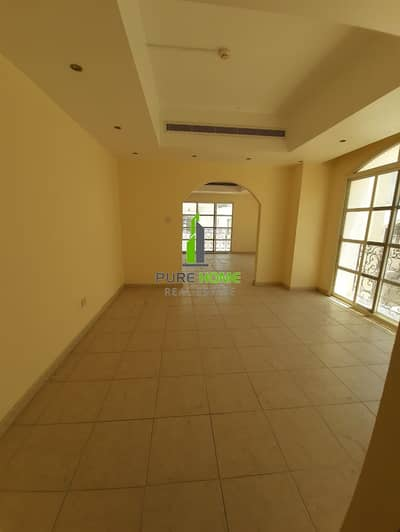 Great Offer | Ready for Rent 6 Bedrooms Villa with Parking