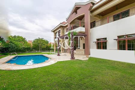 5 Bedroom Villa for Sale in Jumeirah Islands, Dubai - Make An Offer|Full Main Lake View | 5 Bedrooms| JI