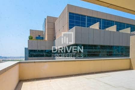 فلیٹ 1 غرفة نوم للايجار في الخليج التجاري، دبي - Huge 1 Bedroom Apartment with Large Balcony