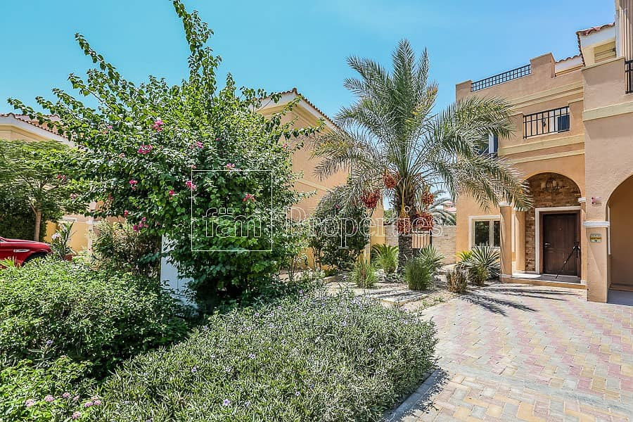 Amazing Upgraded 5BR Villa   Mazaya A1