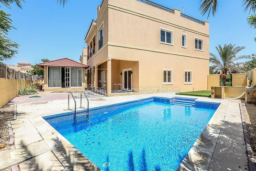 2 Amazing Upgraded 5BR Villa   Mazaya A1