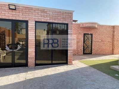 5 Bedroom Villa for Sale in Jumeirah, Dubai - 5 BR VILLA /RENOVATED /GREAT LOCATION