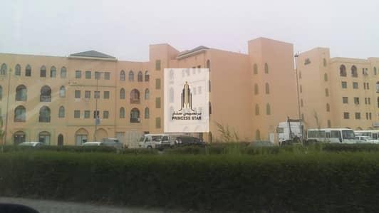 محل تجاري  للايجار في المدينة العالمية، دبي - FITTED SHOP IN MOROCCO CLUSTER INTERNATIONAL CITY PHASE-1.