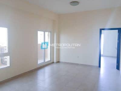 1 Bedroom Flat for Rent in Remraam, Dubai - Corner 1 bedroom I huge terrace I closed kitchen I