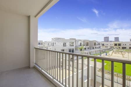 تاون هاوس 3 غرف نوم للايجار في تاون سكوير، دبي - Boulevard View | Vacant | Close To The Entrance