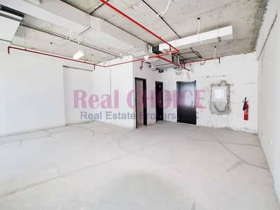 Office for Rent in Jumeirah Lake Towers (JLT), Dubai - Large Office Space | Best Price with Lake view