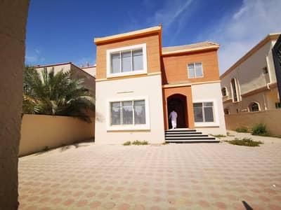 فیلا 5 غرف نوم للبيع في المويهات، عجمان - فيلا للبيع تقع في موقع متميز في طريق الشيخ عمار