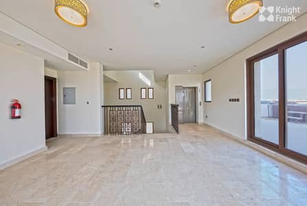 5 Bedroom Villa for Sale in Palm Jumeirah, Dubai - Brand New| Marina Views| Large 5 Bed| Private Pool