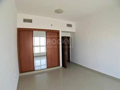 شقة 2 غرفة نوم للبيع في المدينة العالمية، دبي - 2 Parking | 2 Bed | Equipped Kitchen | International City