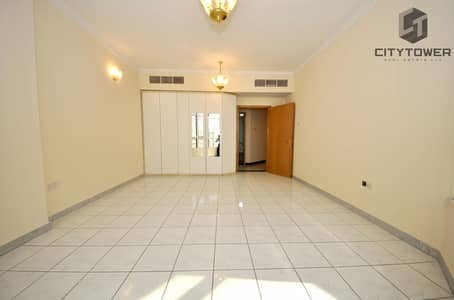 3 Bedroom Flat for Rent in Deira, Dubai - Huge 2BR + Maids in Jaddaf Free Gym   Pool  Chiller Free