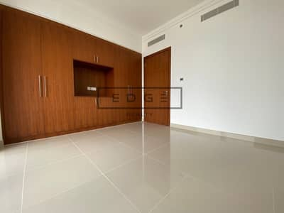 NEW BUILDING / DIRECT ACCESS TO MALL/ 3 BR+MAID