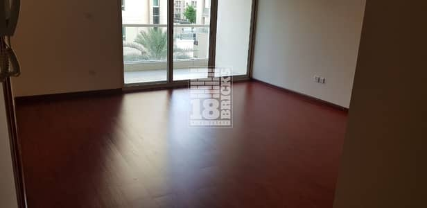 1 Bedroom Flat for Rent in The Greens, Dubai - Specious | community View | wooden Floor